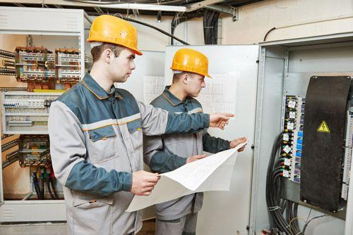 Sähköasentaja Palkka